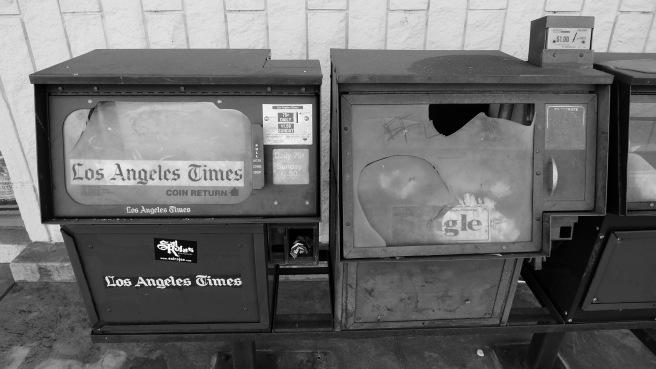 Abandoned LosAngeles Times VendingMachine2011