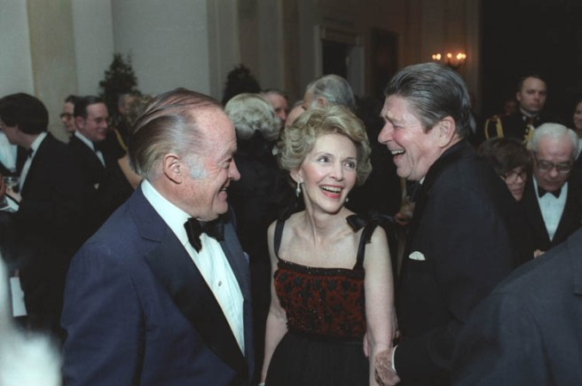 Reagans_with_Bob_Hope_1981