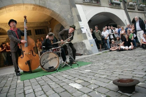 buskers 2