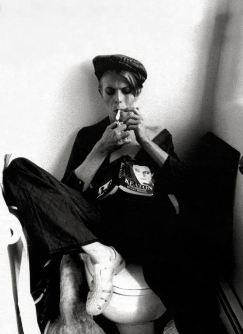 Bowie reading dot tumblr dot com